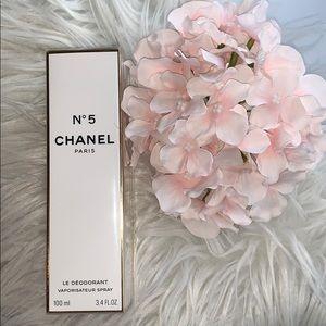 ❤️ Chanel No 5 Le Deodorant Spray Brand New sealed